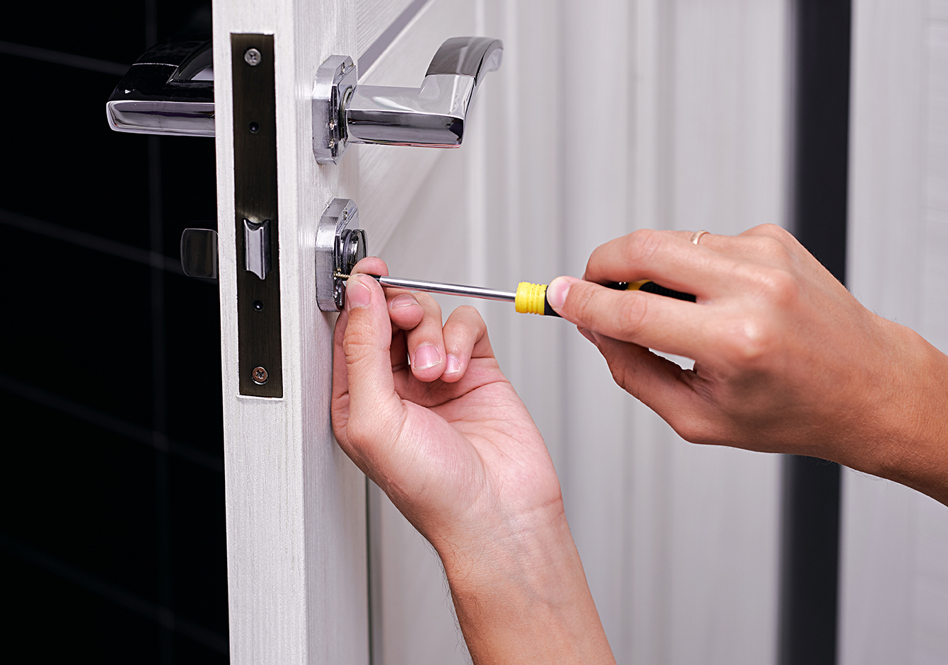 locksmith services, locksmith crows nest